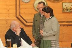 Helmut Schmid, Peter Inselkammer, Katharina Inselkammer (von li. nach re.), Präsentation Wiesnkrug im Armbrustschützenzelt auf der Theresienwiese in München 2019