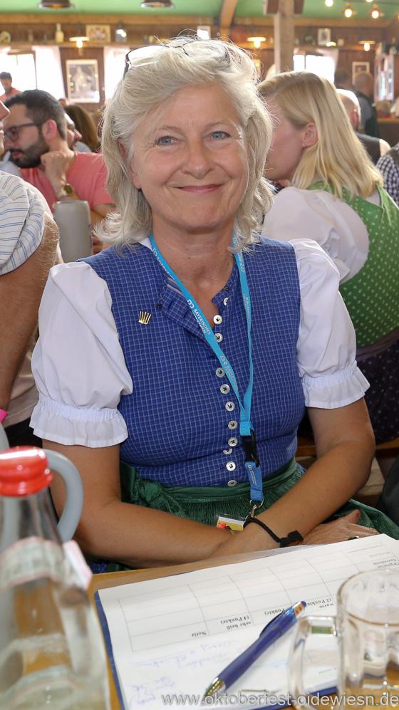 Sabine von Meyeren, Schönheitskönigin 15. Tag auf der Oidn Wiesn am Oktoberfest in München 2018