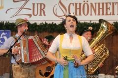 DrahDeWadl, Schönheitskönigin 9. Tag auf der Oidn Wiesn am Oktoberfest in München 2018