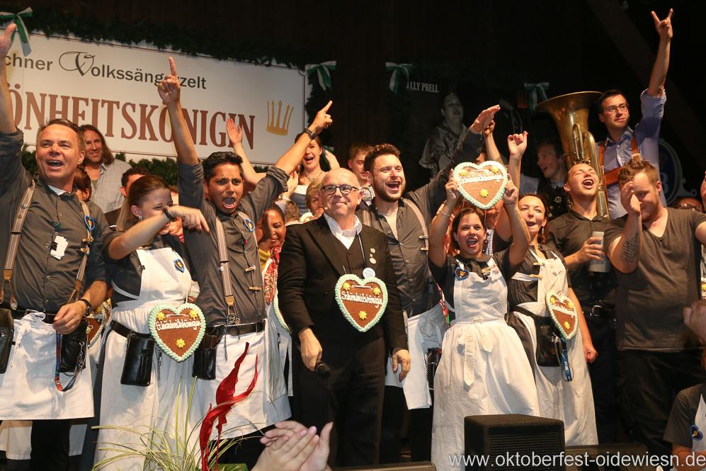 Jürgen Kirner (Mitte), Finale in der Schönheitskönigin auf der Oidn Wiesn am Oktoberfest in München 2018